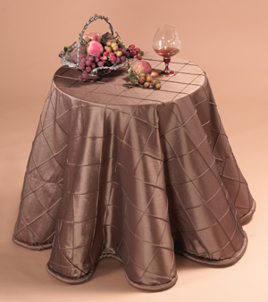 Elegant Pintuck Tablecloths
